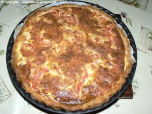 Tarte à la tomate et mozzarella presentation