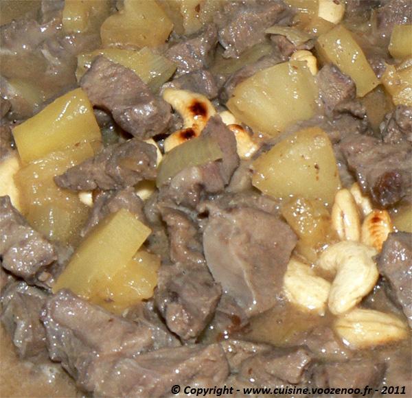 Saute de joue de porc a l'ananas et noix de cajou présentation