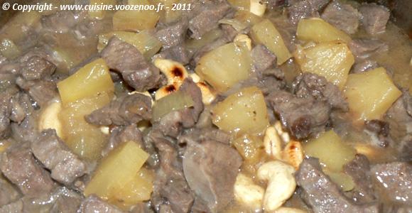 Sauté de joue de porc à l'ananas et noix de cajou