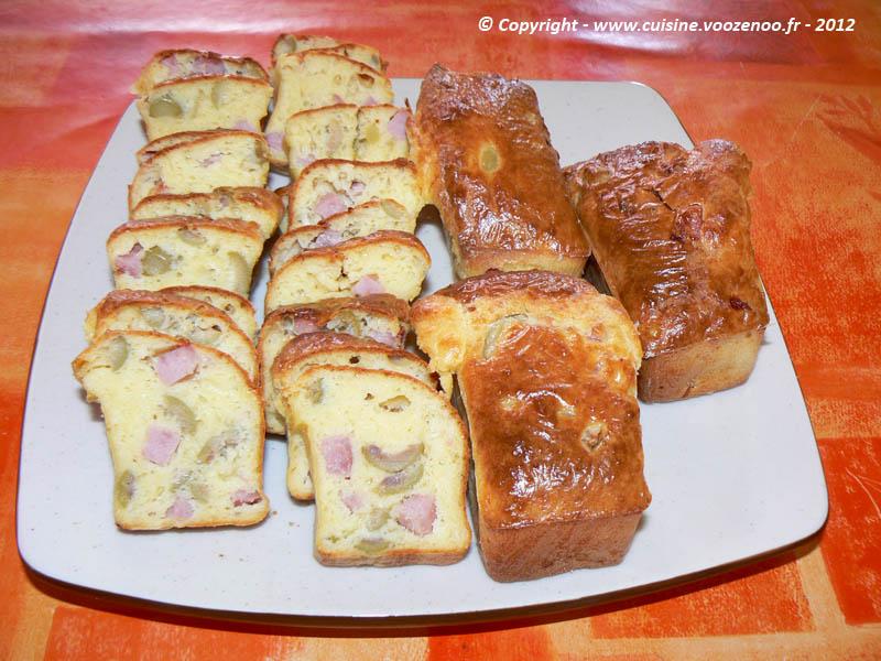 Cake salé aux olives et au jambon presentation