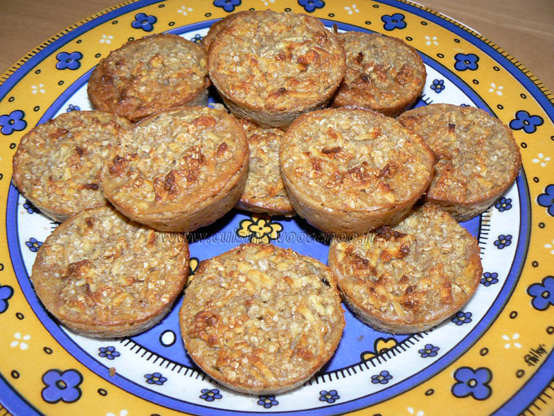 Bouchées aux flocons d'avoine et pommes presentation