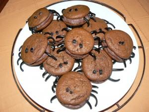 "Whoopies ""araignees"" au chocolat fin"