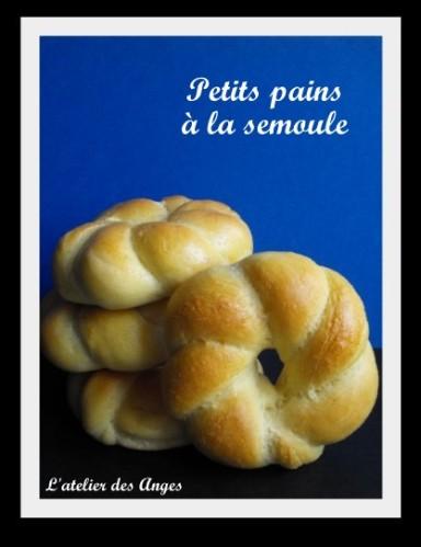 Petits-pains-a-la-semoule-1