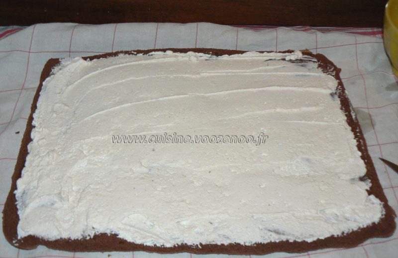 Bûche légère à la crème de marron etape5