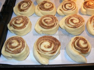 Cinnamon Rolls petits pains à la canelle etape7