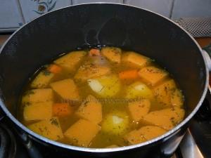 Soupe de courge butternut orangee etape3