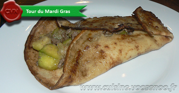 Crêpes fourrées aux courgettes et viande hachée, épices orientale