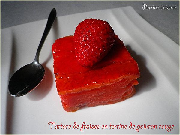Tartare de fraises en terrine et poivrons rouge