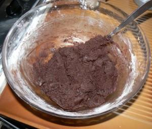 Cookies au chocolat avec coeur tendre au beurre de cacahuete etape2