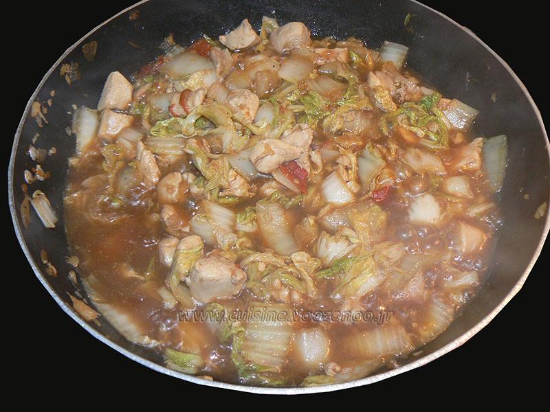 Wok de chou chinois (psé-tai) au poulet et gingembre fin