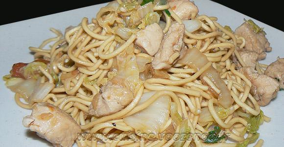 Wok de chou chinois (psé-tai) au poulet et gingembre