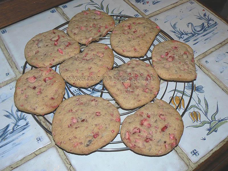 Cookies roses aux pralines de saint genix fin