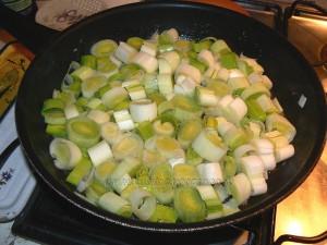 Tourte aux poireaux, gorgonzola et amandes etape1