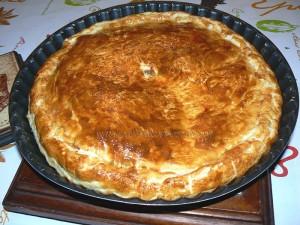 Tourte aux poireaux, gorgonzola et amandes fin