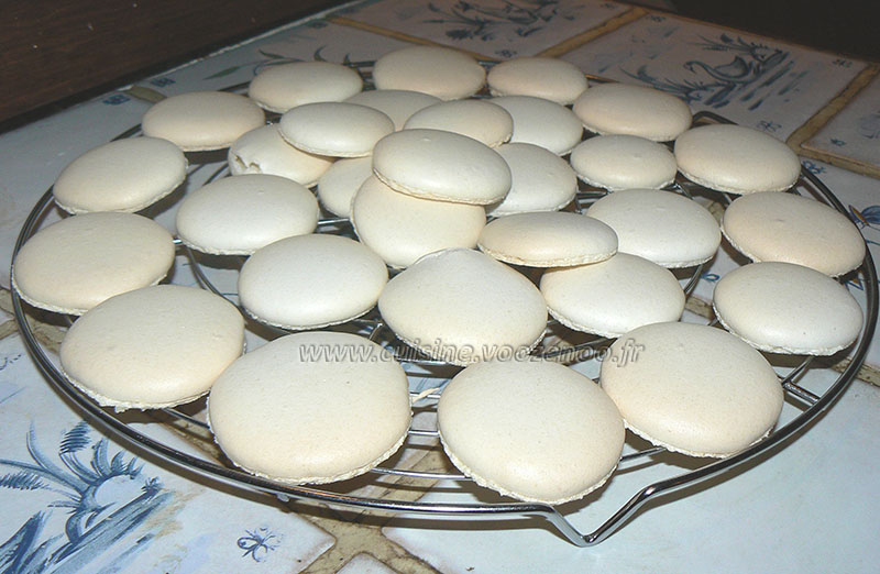 Macarons vanill et chocolat blanc etape5