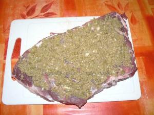 Roti de porc farci aux olives vertes etape2