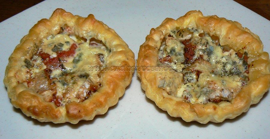 Tartelettes à la tomate et fourme d'Ambert slider