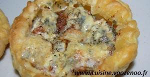 Tartelettes à la tomate et fourme d'Ambert une
