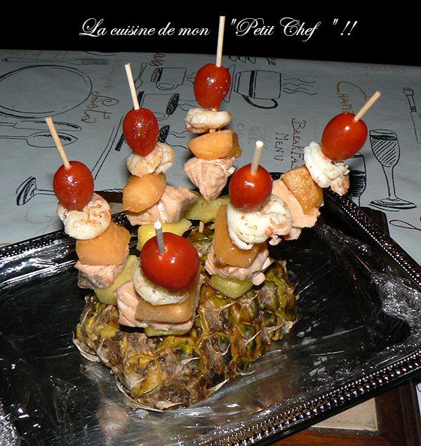 Brochettes de la mer aux fruits presentation