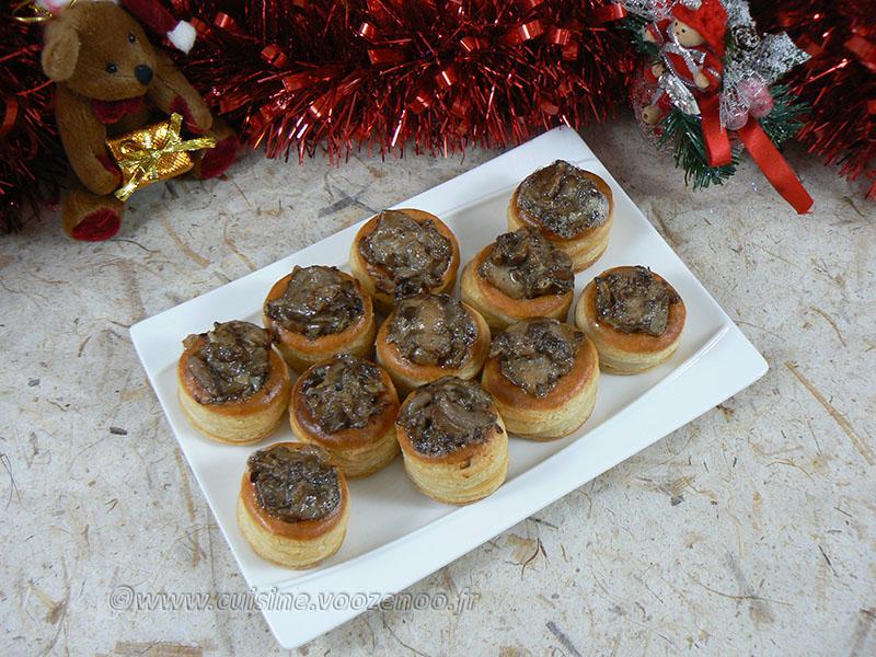 Mini bouchees champignons gorgonzola mascarpone presentation
