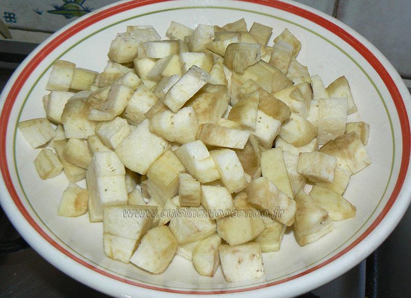 Batbouts farcis a la viande et aux legumes, sauce epicee etape3