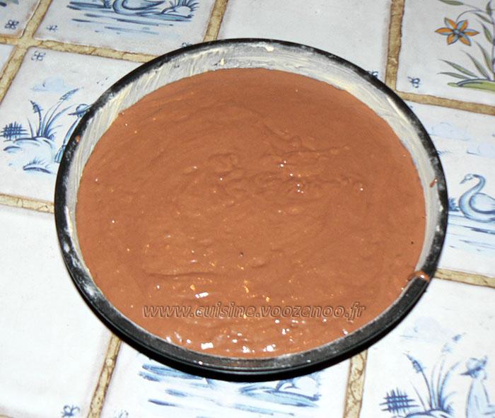 Gâteau au chocolat, finger et fruits rouges pour paques etape1