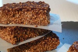 Barres au miel et aux graines de sésame slider