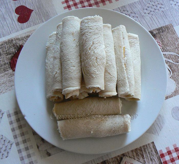Pains de mie farcis, roulés et panés en salade etape2