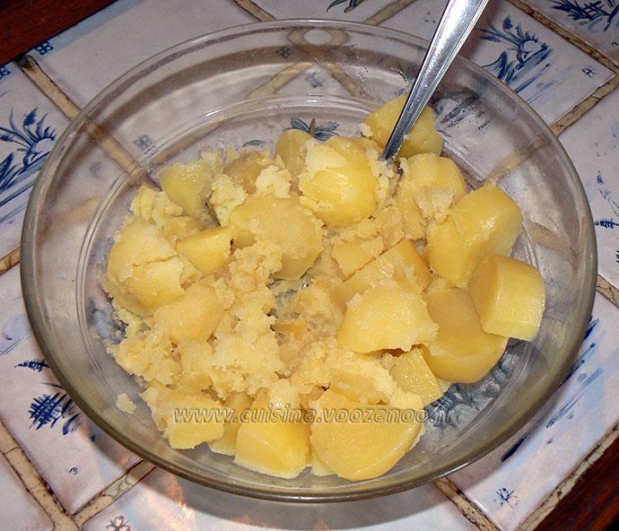 Palet de purée au jambon en panure de noisettes etape1
