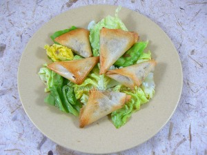 Samoussas aux epices, herbes fraiches et viande hachee fin2