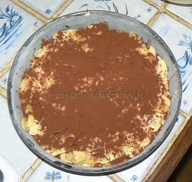 Gâteau invisible aux pommes et cacao etape2