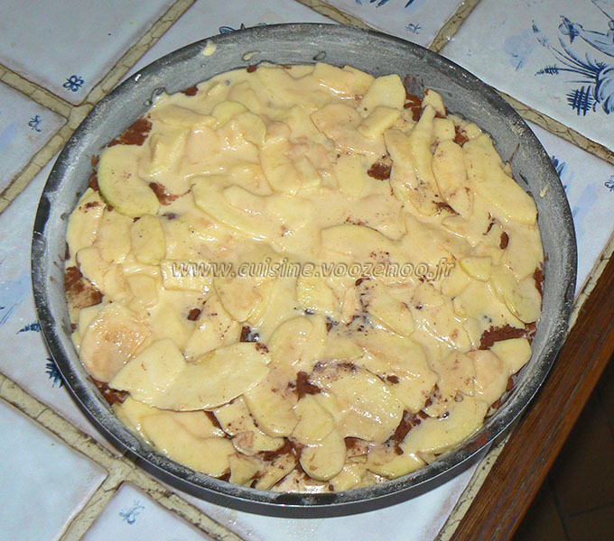 Gâteau invisible aux pommes et cacao etape3