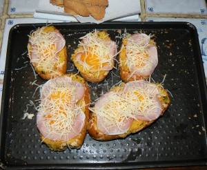 Egg boats : courge spaghettis, bacon, oeufs et comte etape5