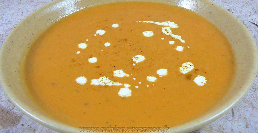 Soupe de patates douces et lait de coco