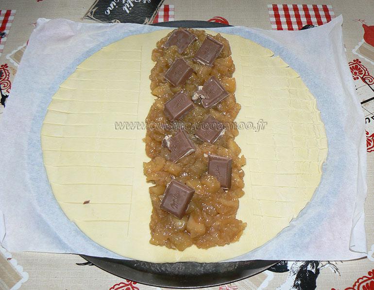 Feuilleté à la compote de pommes maison et chocolat etape3