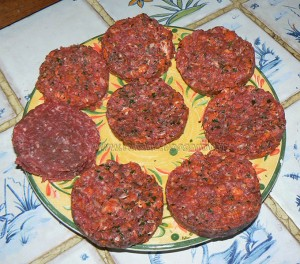 Hamburger de polenta au paprika steak de boeuf et chorizo etape5