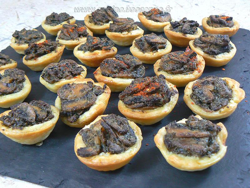 Mini-tartelettes aux champignons cremeux presentation