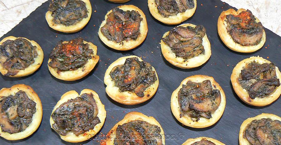 Mini-tartelettes aux champignons cremeux slider
