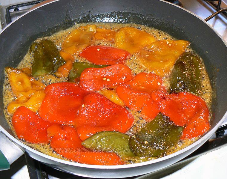 Crêpes roulées aux poivrons confits, reduction balsamique etape1