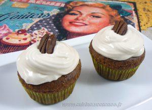 Cupcakes noix de pecan, topping creme de sirop d'erable fin3