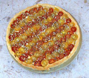 Tarte bicolore aux tomates cerises presentation