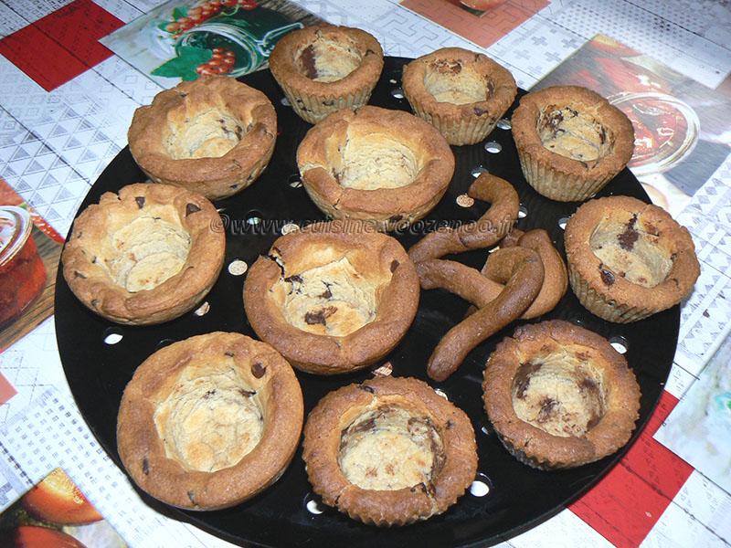 Cookies cup, glace vanille maison et chocolat fondu etape3