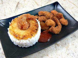 Beignets de crevettes a la noix de coco ou poudre d'amandes presentation
