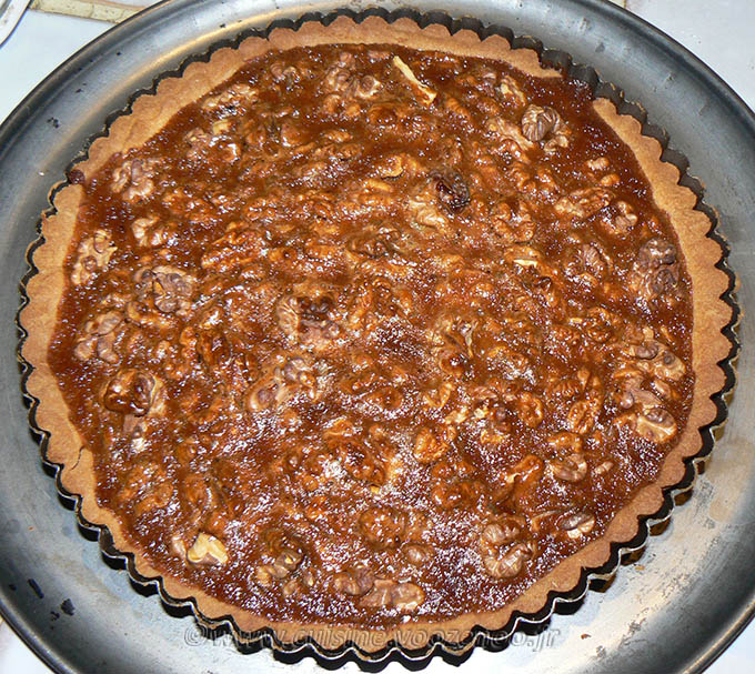 Tarte aux noix et caramel, glaçage à l'abricot étape12