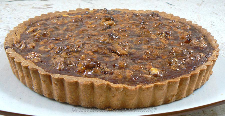 Tarte aux noix et caramel, glaçage à l'abricot slider