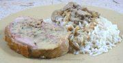 Cuisse de dinde farcie, sauce vin blanc et champignons