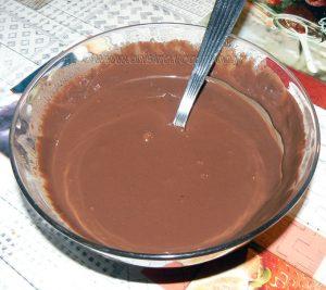 Mousse de mascarpone glacée au café , sauce chocolat noir etape5
