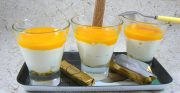 Mousse de Petits Suisses au coulis de mangue