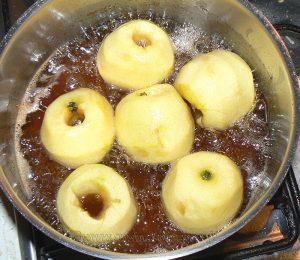 Tufahija - pommes fourrées aux noix etape1
