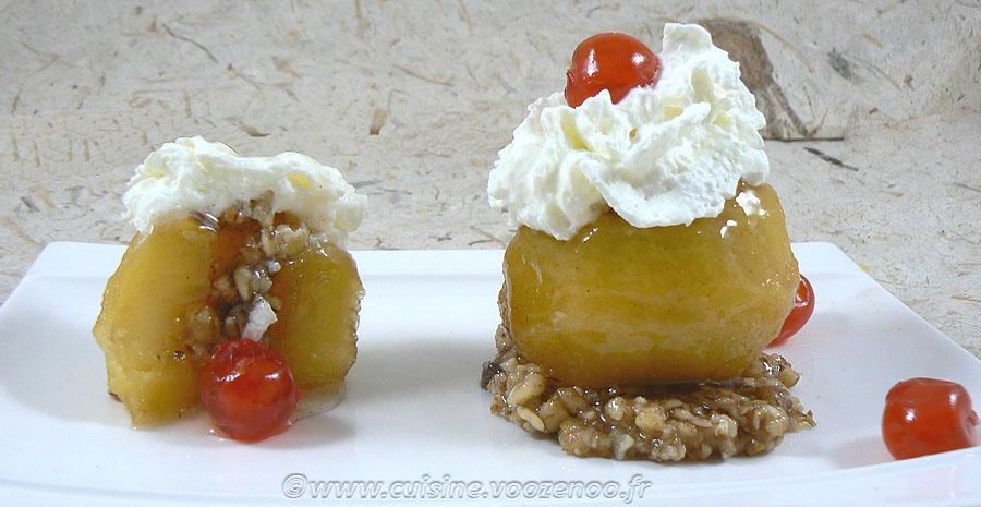 Tufahija - pommes fourrées aux noix slider